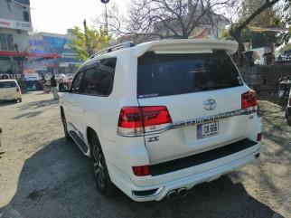 Toyota Land Cruiser V8 ZX